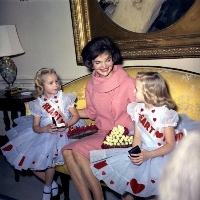 115110-jackie-kennedy-had-a-signature-style