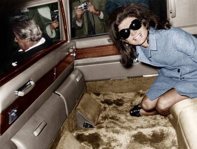 Jackie-Kennedy-Onassis-001