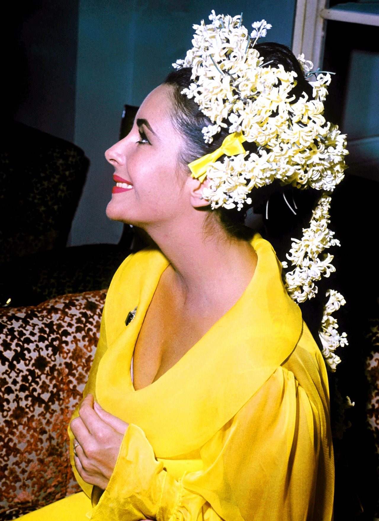 an ode to elizabeth taylor's headdress (ie. every findable ...
