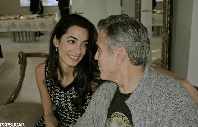 George-und-Amal-schauten-sich-einander-verliebt