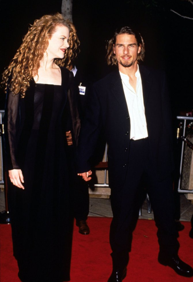 November-1994-Tom-Cruise-showed-off-his-long-locks-Nicole