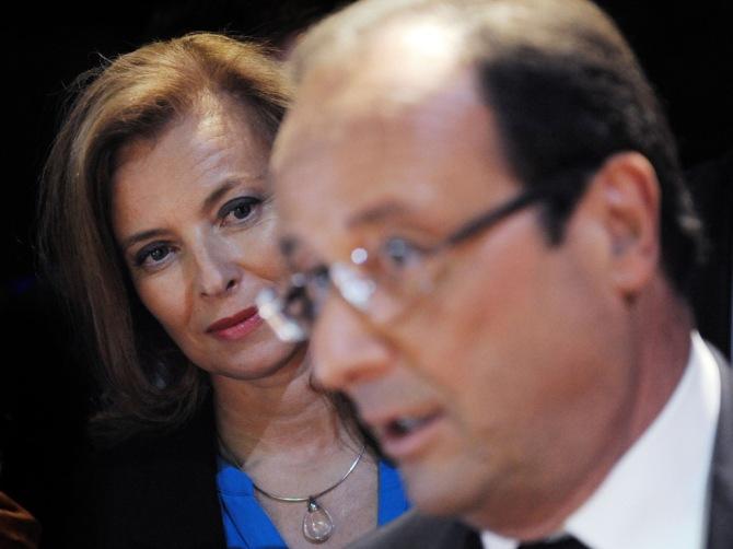 Francois-Hollande-et-Valerie-Trierweiler-le-25-septembre-2012-a-New-York_exact1024x768_l