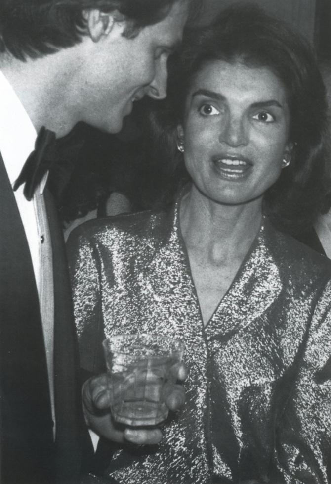 Halston-and-Jacqueline-Onassis-