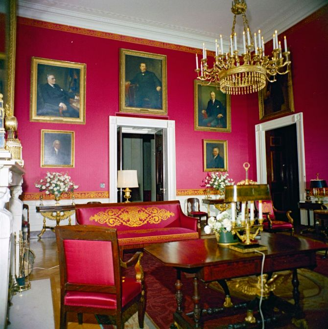 "the white house, red room, 13 December, 1961 White House Rooms, Christmas decorations: East Room, Red Room, Green Room, Blue Room, State Dining Room, Cross Hall Please Credit ""Robert Knudsen. White House Photographs. John F. Kennedy Presidential Library and Museum, Boston"""