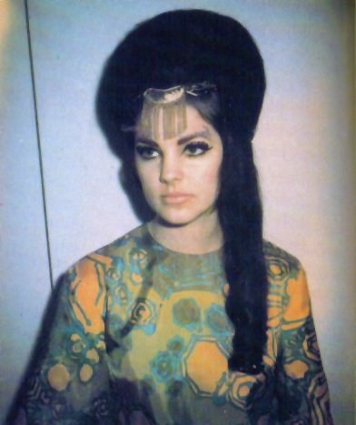 Priscilla presley hair question